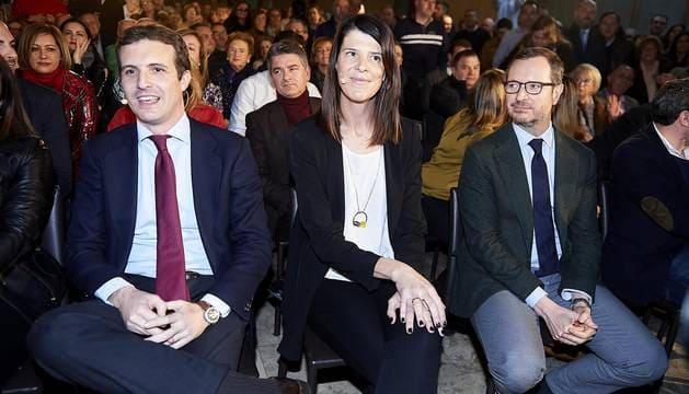 Ruth_Beitia_con_Pablo_Casado_y_Javier_Maroto