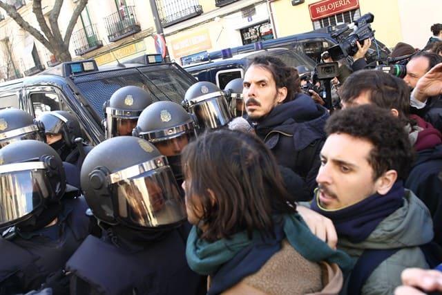 Cargas_en_el_desahucio_de_Argumosa