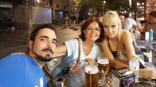Marta_junto_a_Pedro_y_su_novia
