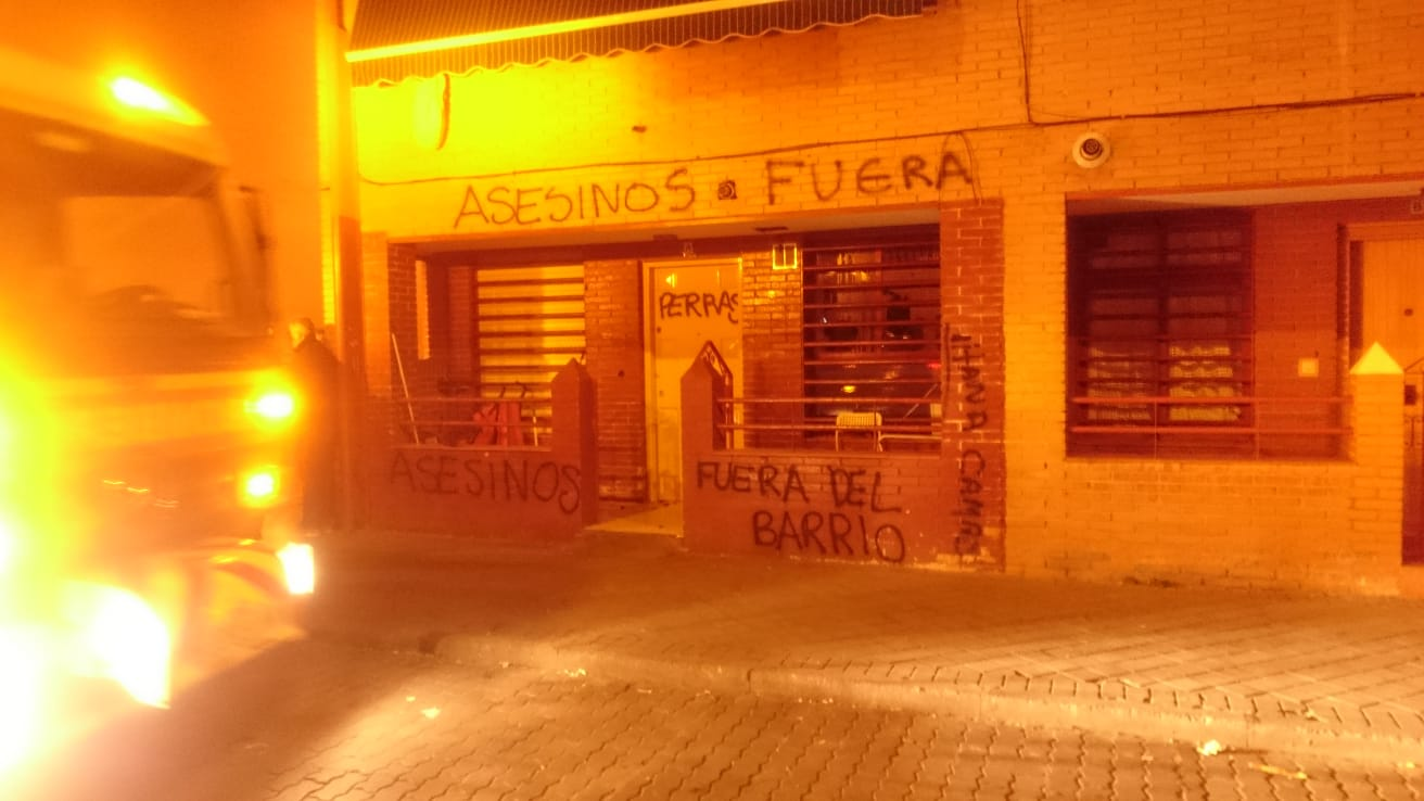 pozo-del-tio-raimundo-protestas-asesinos-fuera