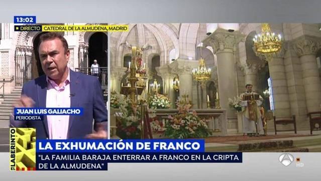 Juan_Luis_Galiacho_durante_su_intervencion_sobre_la_exhumacion_de_Franco