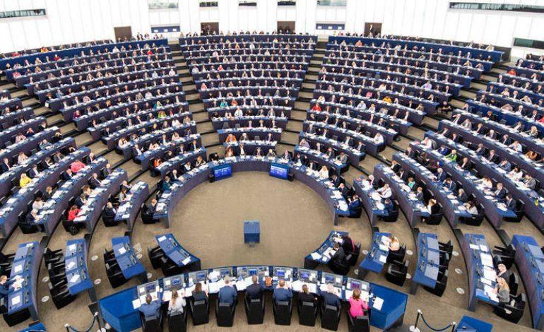 Reino Unido celebra elecciones a Parlamento Europeo