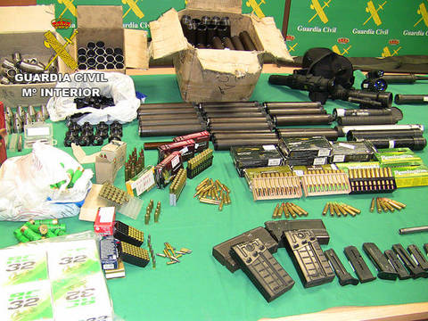 Las armas y las municiones incautadas por la Guardia Civil