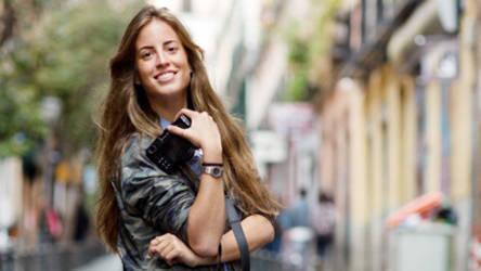 3315198283 Berta Bernard, primera 'ex influencer' relata doble filo de redes