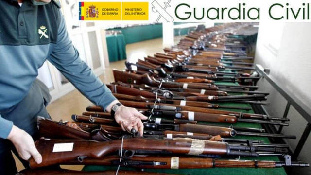 Se subastan 2.800 piezas de la Guardia Civil.