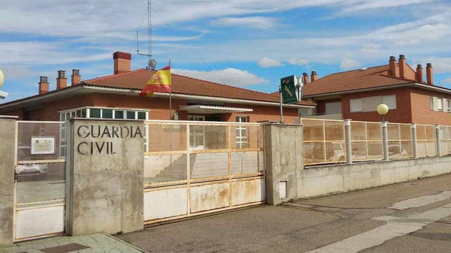 Un cuartel de la Guardia Civil en estado de deterioro