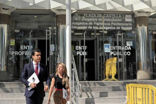 Treinta días de prisión por usarse para traficar su empresa de alquiler de coches sin saberlo