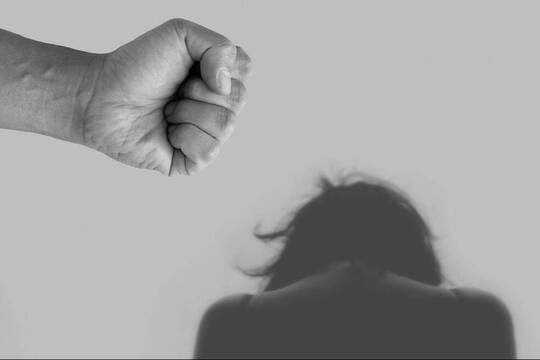 En España se denuncian unas mil agresiones y abusos sexuales cada mes, treinta y dos al día