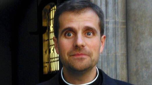 Campanas boda exobispo de Solsona: Solicita documentación casarse